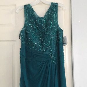 NWT David's Bridal teal gown
